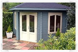 Summer house with paving slab foundations