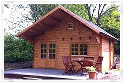 Bespoke garden building design