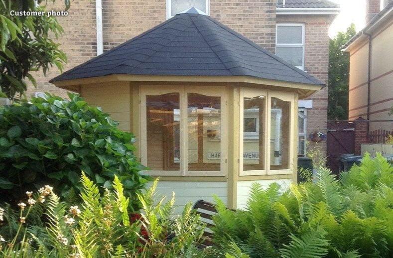 Round summerhouse for the garden