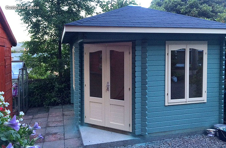 What colour should I paint my summer house