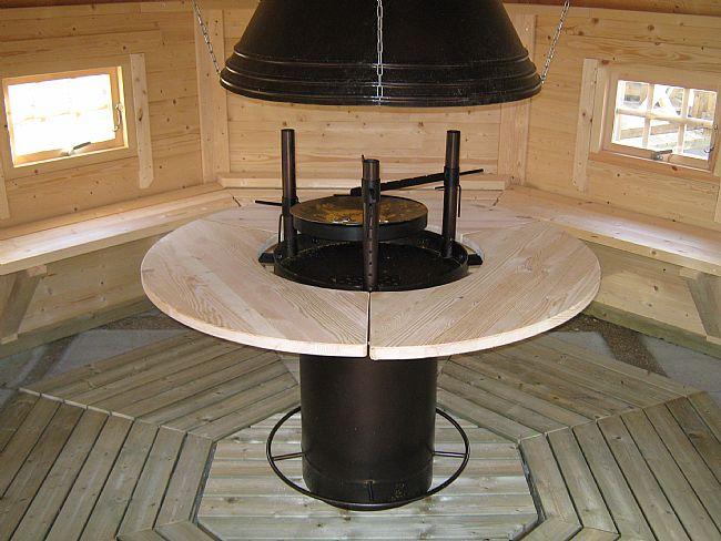 Eva Nordic barbecue hut | Optional grill stove