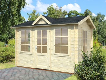 Claudia (7.4 sqm) compact clockhouse garden room